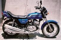 Kawasaki 750 Mach 2 1972 D